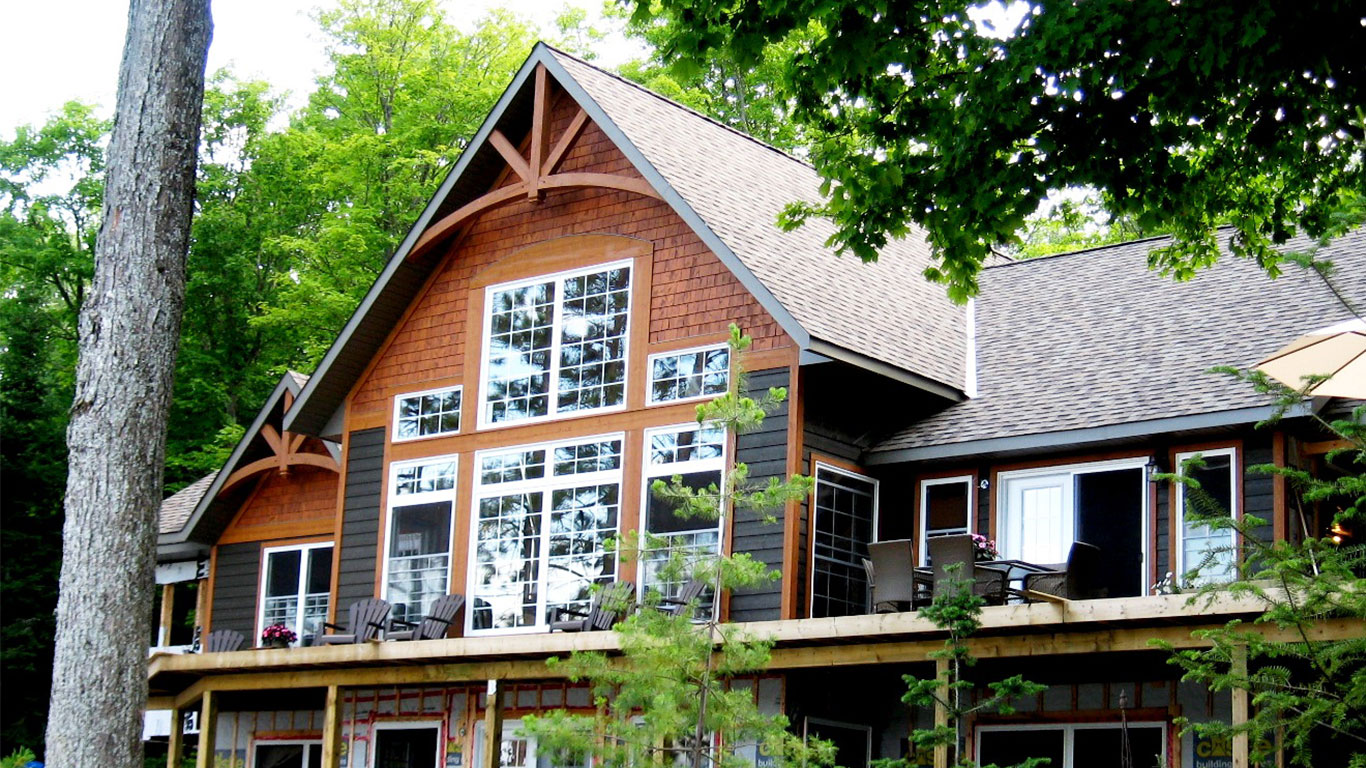 custom-built-home-haliburton-lake