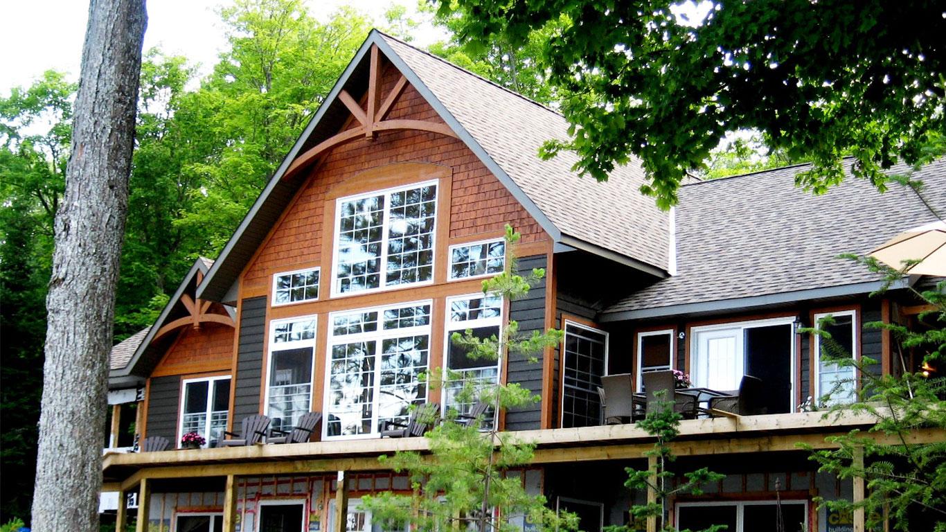 custom-built-home-haliburton-lake